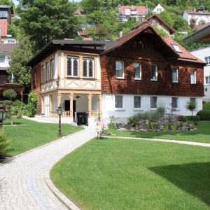 Hotelbilleder: Ferienhaus Villa Marina, Bad Urach