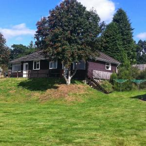 Hotel Pictures: Holiday Home Lochness, Contin