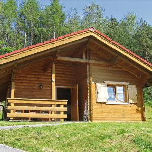 Hotel Pictures: Holiday Home Naturerlebnisdorf Stamsried.5, Stamsried