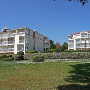 Hotel Pictures: Apartment Le Vallon, Sainte-Marie