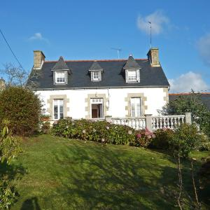 Hotel Pictures: Holiday Home Le Roudour, Plougrescant