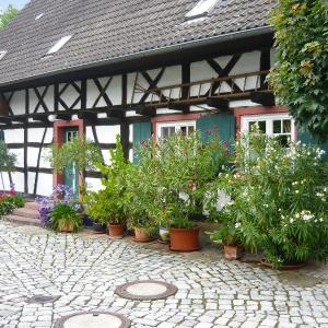 Hotel Pictures: Holiday Home Haus Schwärzel, Neuried