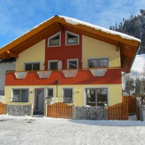 Hotellbilder: Holiday Home Haus Krone 1, Bruck an der Großglocknerstraße