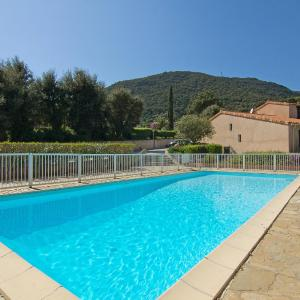Hotel Pictures: Holiday Home Le Clos du Rigaud.1, Cavalaire-sur-Mer