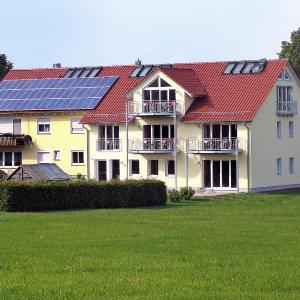 Hotel Pictures: Apartment Landhaus Ampfrachtal.2, Schnelldorf