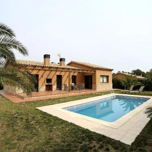 Hotel Pictures: Holiday Home Planas del Rei, Les Planes del Rei
