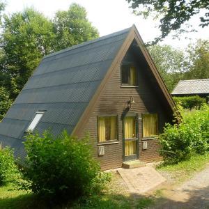 Hotel Pictures: Holiday Home Arolsen-Twistesee.3, Bad Arolsen