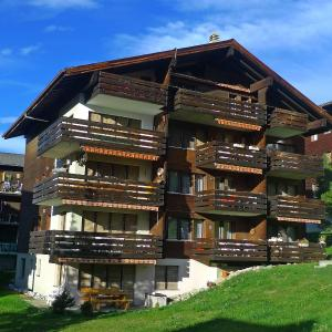 Hotel Pictures: Apartment Azurit, Grächen