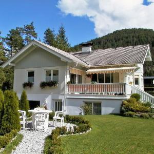 Hotellikuvia: Apartment Rüger, Scharnitz