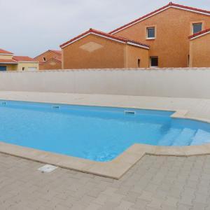 Hotel Pictures: Holiday Home Le Mas de Torreilles.3, Torreilles