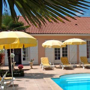 Hotel Pictures: Villa Communal, Ludon-Médoc