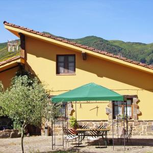 Hotel Pictures: Holiday Home Potes Viñon - 2 hab., Armaño