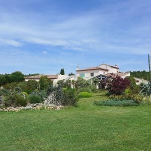 Hotel Pictures: Villa Flores, Teyran