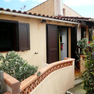 Hotel Pictures: Holiday Home Marines d'Agosta.1, Porticcio