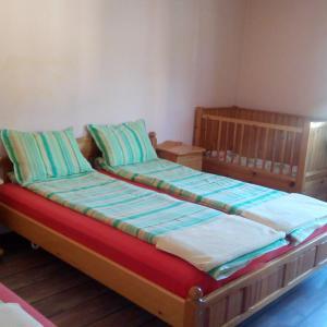 Hotelbilleder: Guest House Lorian, Madzhare