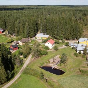 Hotel Pictures: Välimäki Farm Hostel, Murto