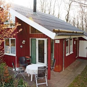 Hotel Pictures: Holiday Home Ferienpark Extertal, Rott