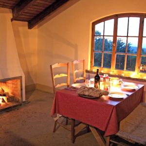 Hotel Pictures: Chalet Panoramablick, Aeschi
