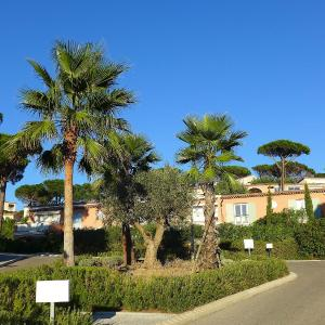 Hotel Pictures: Holiday Home Maxime Park.8, La Nartelle