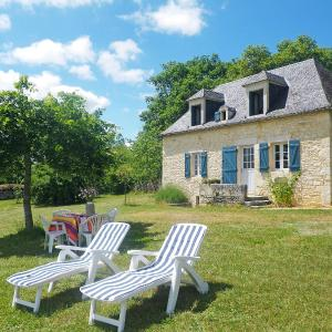 Hotel Pictures: Holiday Home Coquelicot, Champagnac
