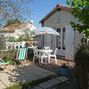Hotel Pictures: Holiday Home Benetrie, Pornic