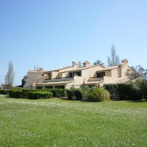 Fotos de l'hotel: Apartment Les Catalanes du Golf.10, Saint-Cyprien