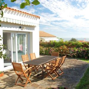 Hotel Pictures: Holiday Home Petite Ourse, Pornic