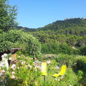 Hotel Pictures: Holiday Home Le Brulat, Le Castellet