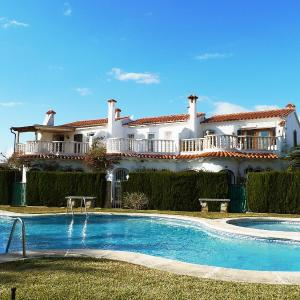 Hotel Pictures: Holiday Home Playa de les Deveses, Les Deveses