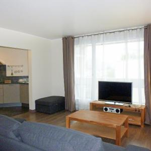 Hotel Pictures: Apartment Emile Zola, Asnières