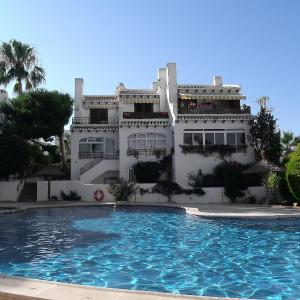 Hotel Pictures: Holiday Home Angius I, Cabo Roig