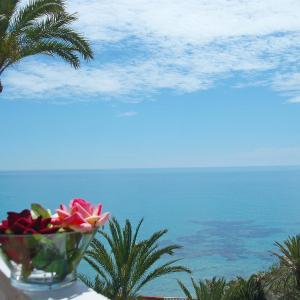 Hotel Pictures: Apartment Amerador, Carrer del Mar