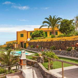 Hotel Pictures: Holiday Home Camino La Candelaria.3, La Orotava