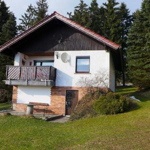 Hotel Pictures: Holiday Home Marianne-Erhard, Goldlauter