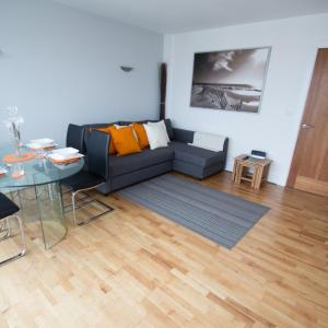 Hotel Pictures: Home Apartments - Headway, Poole