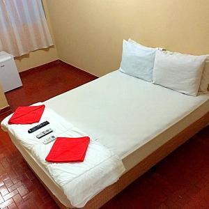 Hotel Pictures: Pousada Costa Verde, Vila Muriqui