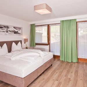 Hotellikuvia: Ferienwohnungen Neuwirt, Finkenberg