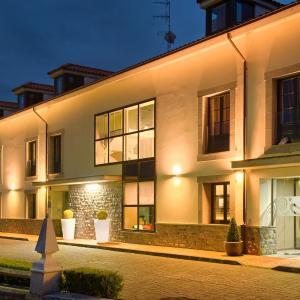Hotel Pictures: La Piconera Hotel & Spa, Sardalla