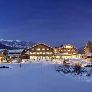 Foto Hotel: Wanderhotel Kirchner, Bramberg am Wildkogel