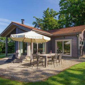 Hotel Pictures: Villa Des Chapelles, Oradour-sur-Vayres