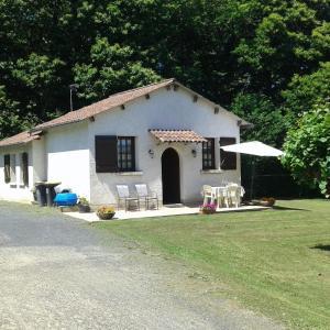 Hotel Pictures: Holiday home le Gauliat, Saint-Pardoux-l'Ortigier