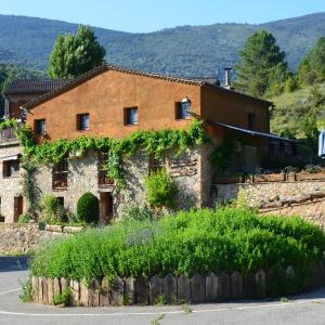 Hotel Pictures: Casa Rural Molí de Fòrnols, Fornols