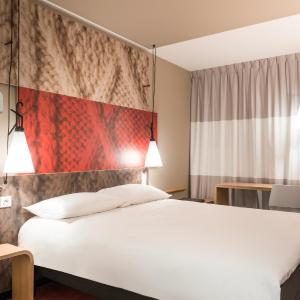 Hotel Pictures: ibis Paris Le Bourget, La Courneuve