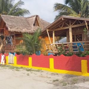 Hotel Pictures: Casa Banana, Mompiche