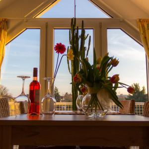 Hotel Pictures: Ferienwohnung Weber-Rolinger, Andernach