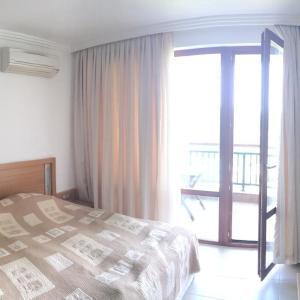 Foto Hotel: Apartments in Emerald Resort, Ravda