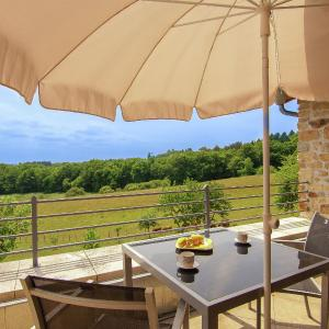 Hotel Pictures: Holiday home La Belle Vue, Roussines