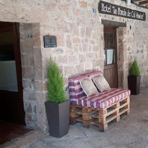 Hotel Pictures: Hotel Cal Sastre, Santa Pau