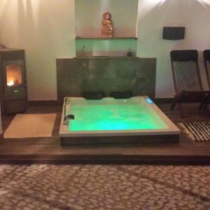Hotel Pictures: Casa con encanto el Castaño, Castaño de Robledo