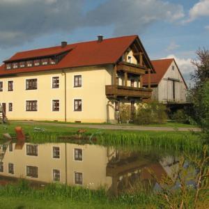 Hotelbilleder: Kösseineblick, Pullenreuth